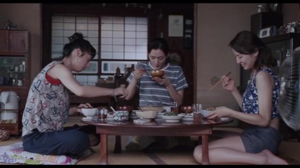 Les trois soeurs Kouda De gauche à droite : Chika (Kaho), Sachi (Haruka Ayase) et Yoshino (Masami Nagasawa)